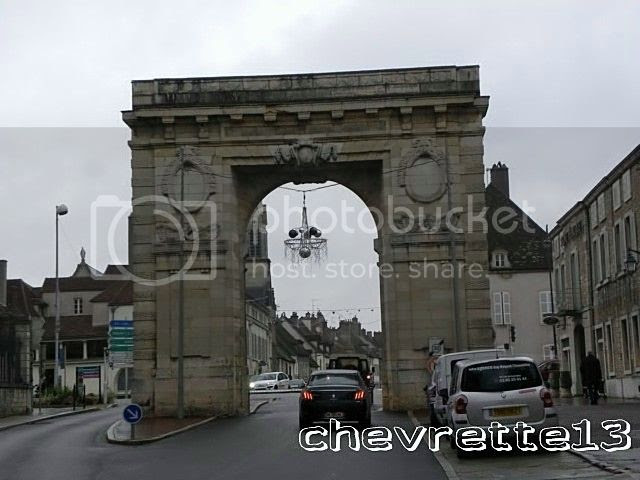http://i1252.photobucket.com/albums/hh578/chevrette13/FRANCE/DSCN8315640x480_zpsf948348c.jpg