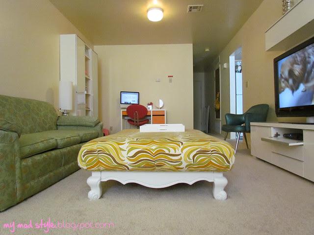 Base House Living Room14