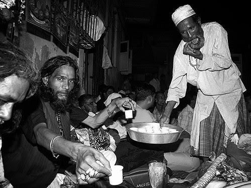 Late Handi Sai Serves Butter Chai.. by firoze shakir photographerno1