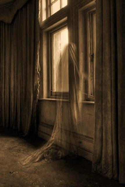 gambar foto penampakan hantu  nyata  seram