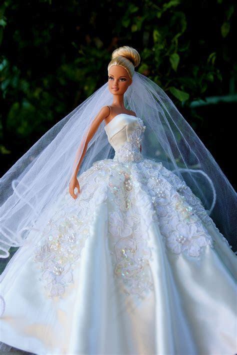 1..3/ by Barbie Dress 2014 via flickr. .   Barbie/Doll