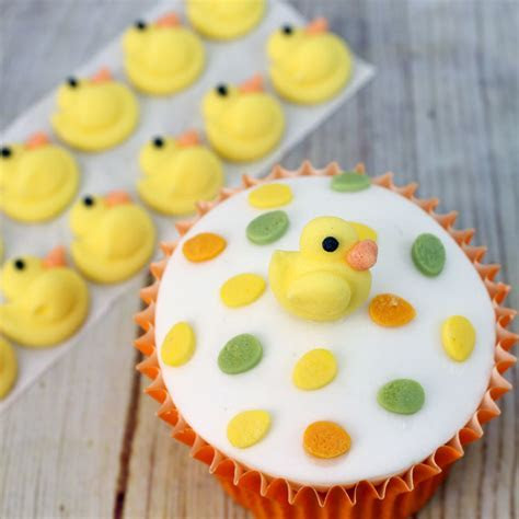 Flat Yellow Icing Ducks