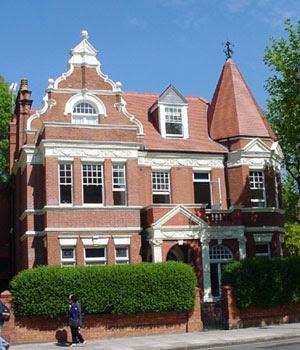 English Queen Anne style house, Maida Vale, London - no verandah