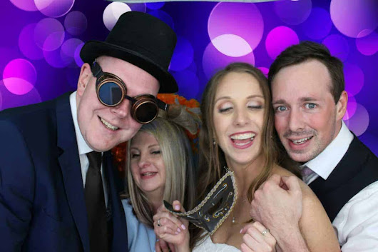 Josh & Anna's Wedding 07-04-18 - Quirky Photo Booths