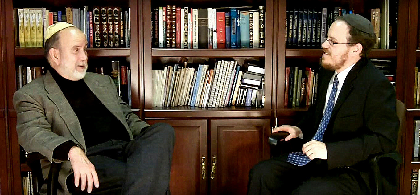 Michael Ledeen (pictured left) discusses the 'threat from Iran' during a 2010 appearance on the Rabbi Shmuel Show. (Image: Youtube screenshot)