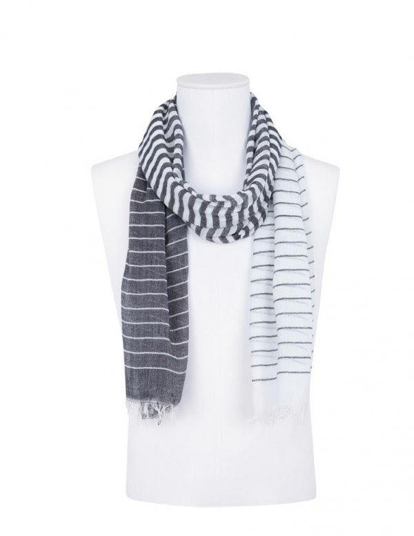 navidad-en-blanco-hombre-2013-foulard