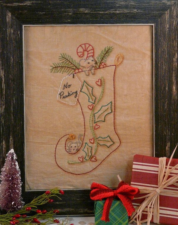 2011 No Peeking Christmas Mouse stocking Stitchery E Pattern - primitive Pdf pillow frame candy cane embroidery