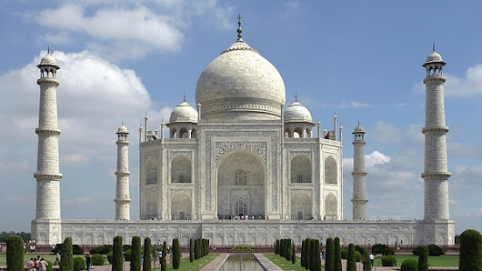 A Few Helpful Taj Mahal Travel Tips - Gr8 Travel Tips