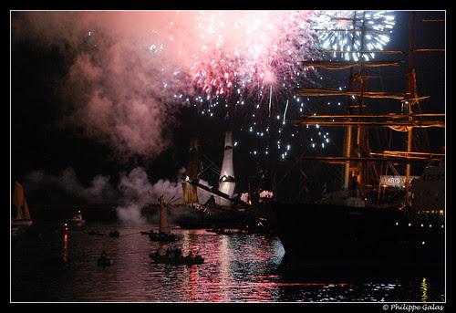 feu d'artifice sur le port