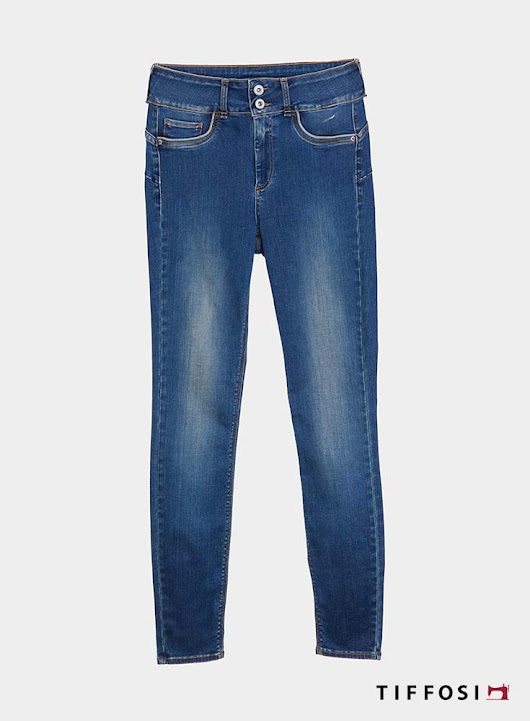 One Size Confort de Tiffosi Denim en Bruno's Moda