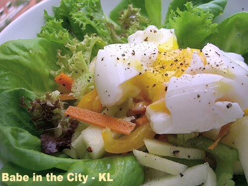 Fresh Salad With Hard Boiled Egg