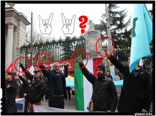 In spatele mitingului de la Istanbul pentru sustinerea autonomiei Tinutului secuiesc stau organizatii oculte?, sursa imagine: facebook.com/ulkuhilal.kacar/photos