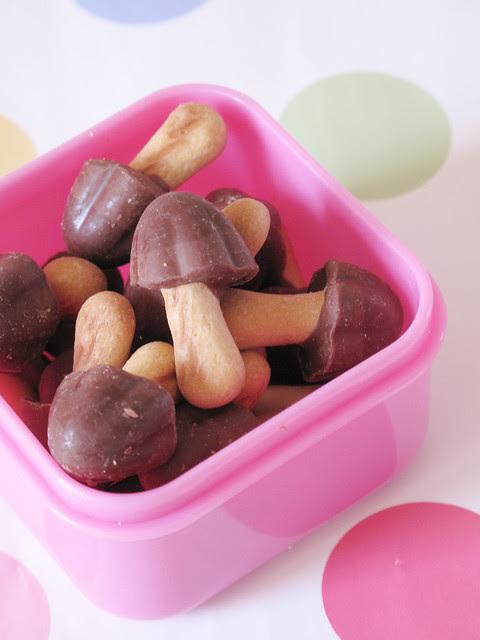 Bento for kids: funghetti al cioccolato