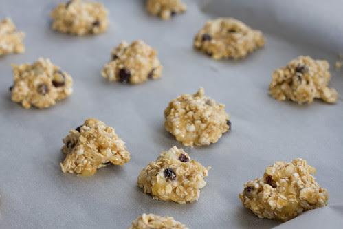 Banaani-kaerahelbeküpsised / 3-ingredient cookie (bananas, oats, currant raisins)