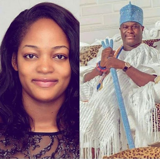 First Photos Of The Ooni Of Ife, Oba Ogunwusi With His Beautiful New Bride At His Palace