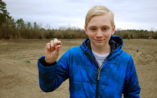 Teen discovers valuable diamond while on family outing