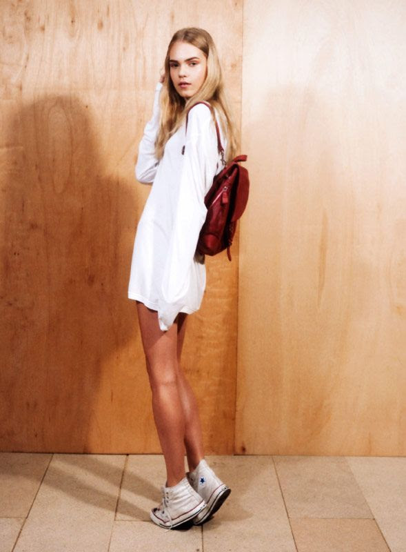 LE FASHION BLOG MUST HAVE WHITE HIGH TOP CONVERSE SNEAKERS MARIE CLAIRE KOREA LINE BREMS AS YOU ARE MAGAZINE OVERSIZED WHITE LONG SLEEVE TEE TSHIRT RED BACKPACK BAG BRONZE TAN LEGS LONG BLONDE HAIR 4 photo LEFASHIONBLOGMUSTHAVEWHITEHIGHTOPCONVERSESNEAKERSMARIECLAIREKOREALINEBREMSASYOUAREMAGAZINE4.jpg