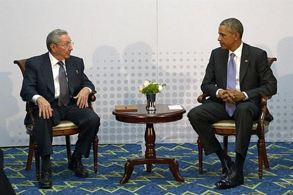 Raúl Castro y Barack Obama sostuvieron un encuentro histórico en la Cumbre de las Américas, en Panamá.