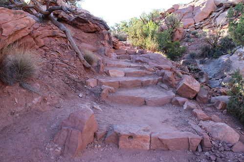 IMG_2425_Trail_up_to_Upheaval_Dome_Island_in_the_Sky_Canyonlands_NP