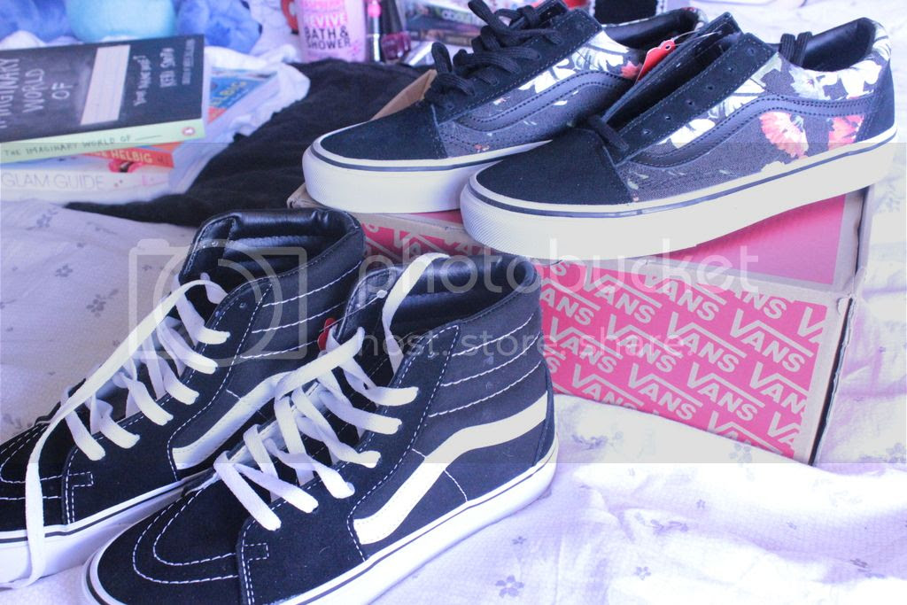 photo Vans - Trainers.jpg
