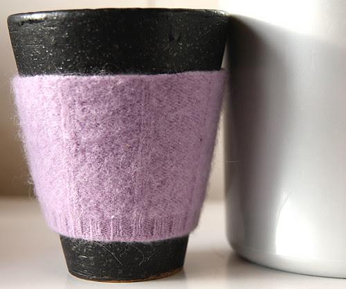 Sweater mug cosy