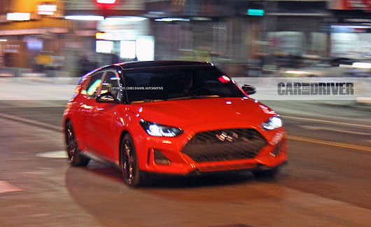 Hyundai Veloster Pictures | Photo Gallery | Car and Driver