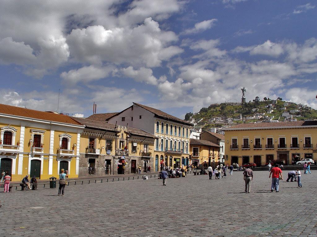DSC00728 Plaza de San Francisco Quito Ecuador