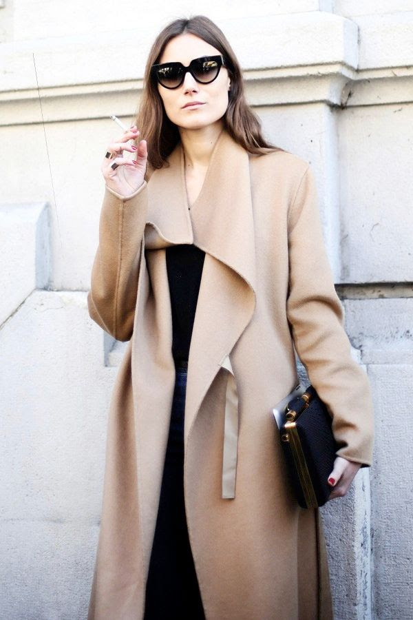 Le Fashion Blog 2 Ways Giorgia Tordini Camel Coat All Black Look Milan Street Style Cat Eye Sunglasses Tyler Alexandra Clutch photo Le-Fashion-Blog-2-Ways-Giorgia-Tordini-Camel-Coat-All-Black-Look-Milan-Street-Style-Cat-Eye-Sunglasses-Tyler-Alexandra-Clutch.jpg