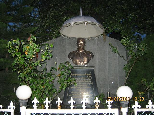 Statue of Pailwan Tanaji Babanrao Dagade Patil near Paranjape Schemes' Gloria at Bavdhan, on Paud Road, Kothrud Annexe, Pune