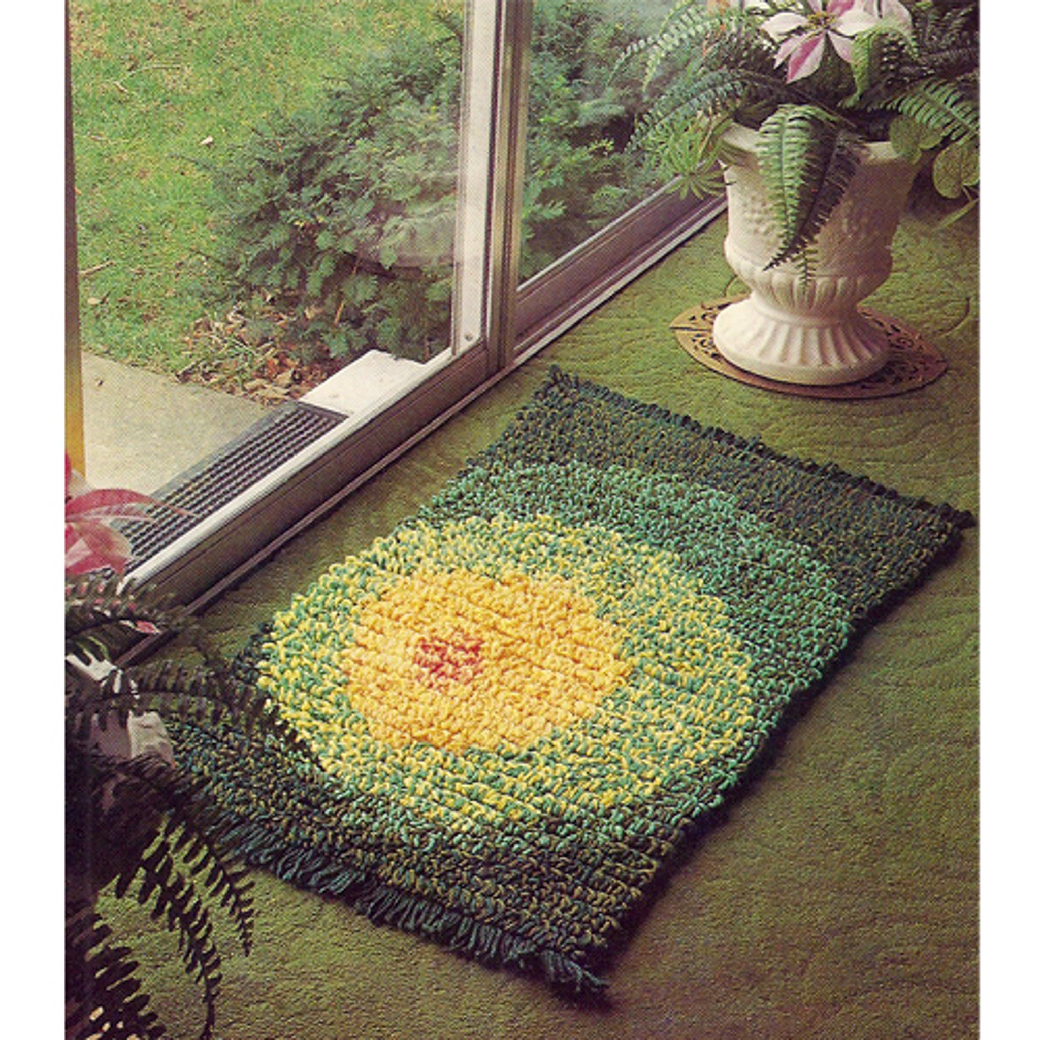 Crochet Rug Pattern with Circle Motif