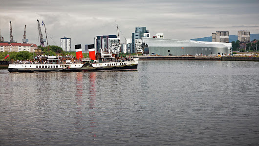 Waverley Paddle Steamer Departing Glasgow by Alex Saunders