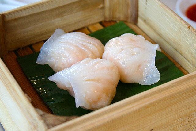 Steamed Peony Jade Crystal Prawn Dumpling