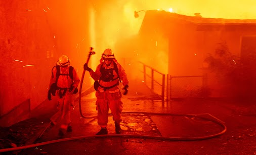 LATEST NEWS ! Camp Fire grows to 70,000 acres in Butte County, 5 percent contained