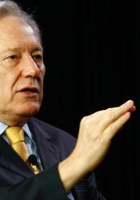 Ricardo Lewandowski diz que não cabe ao STF legislar e a questão já está no Congresso brasileiro