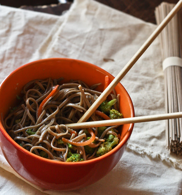 soba noodles with broccoli and carrot