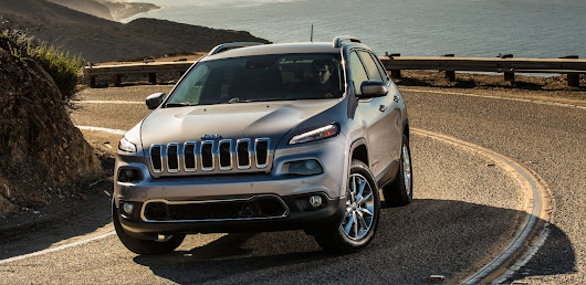 2017 Jeep Cherokee Review Chicago IL | Marino CJDR