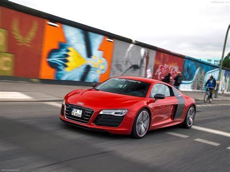 Audi R8 e tron Concept (2013)   picture 8 of 57