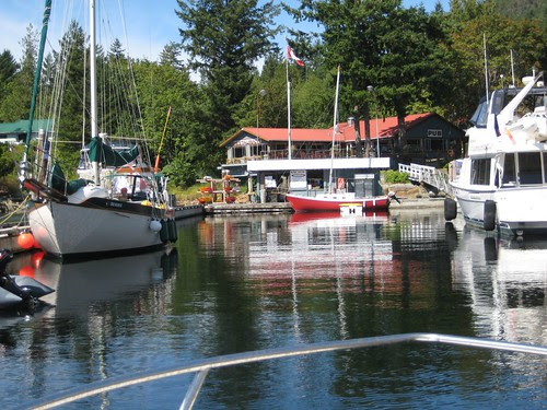 Pender harbour lunch spot