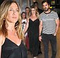 Jennifer Aniston e Justin Theroux chegar Nobu em Nova York.  \ N \ nPictured: Jennifer Aniston e Justin Theroux \ NREF: SPL1305099 190.616 \ nPicture por: Jason Winslow / Splash News \ n \ nSplash News and Pictures \ NLOS Angeles: 310-821-2666 \ nNova York: 212-619-2666 \ nLondon: 870-934-2666 \ nphotodesk@splashnews.com \ n