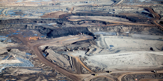 Photographer Captures Tar Sands 'Destruction' From Above
