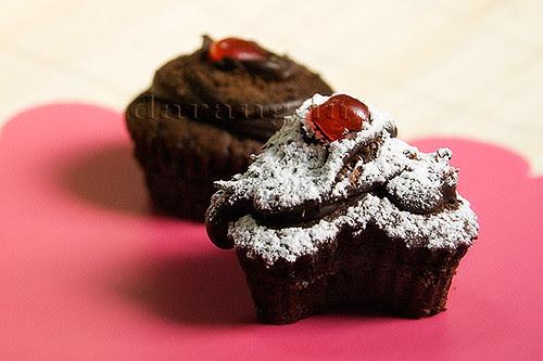 magdalenas de chocolate con glaseado
