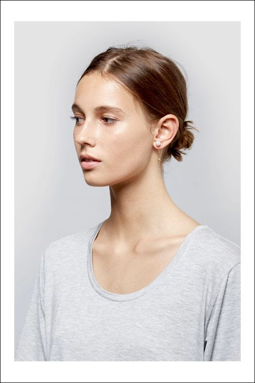 Le Fashion Blog Splurge Vs Steal Sophie Bille Brahe Pearl Bar Elipse Earring Amber Sceats Affordable Alternative Low Bun Grey Tee photo Le-Fashion-Blog-Splurge-Vs-Steal-Sophie-Bille-Brahe-Pearl-Bar-Elipse-Earring-Amber-Sceats-Affordable-Alternative-Low-Bun-Grey-Tee.jpg