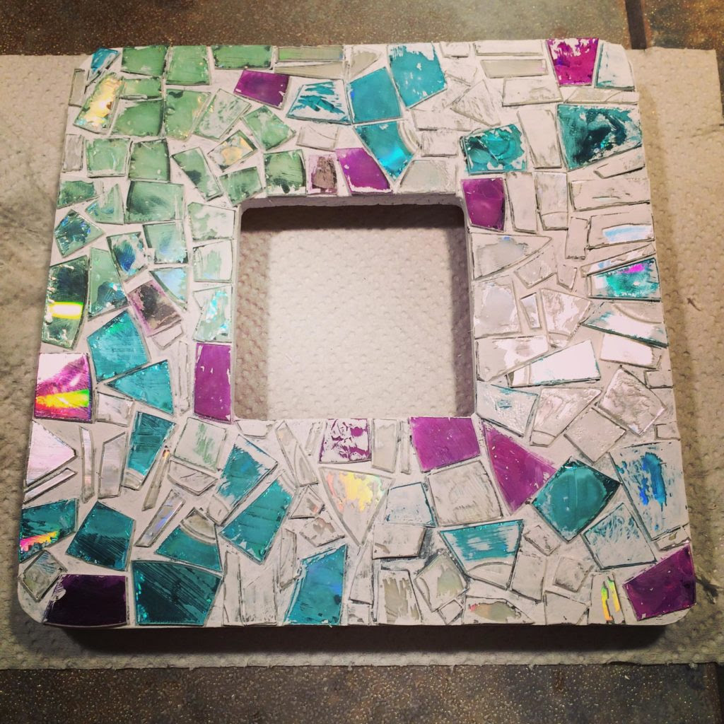 Diy Mosaic Thrift Frame Crafting With Crap