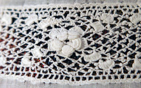 Tudor rose lace