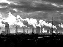 Industrias emitiendo gases