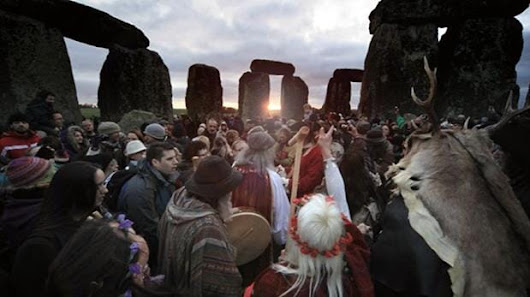 Summer solstice 2017: The longest day of the year and what happens at Stonehenge