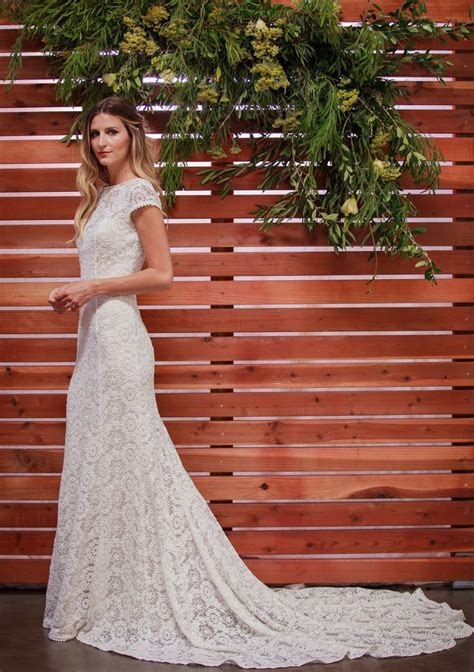 1000  ideas about Embroidered Wedding Dresses on Pinterest