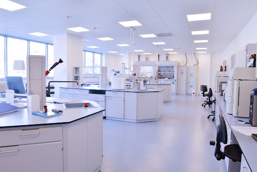 Common Problems Solved With Lab Flooring - FreeStyle