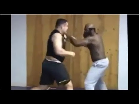 Crazy Fight Friday – Crazy Kimbo Slice Fight