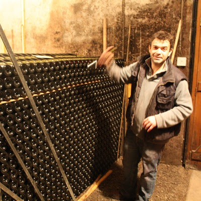 Guillaume Tardy taking a Fixin 2008